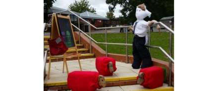 Newcroft takes part in the 2019 Shepshed Scare Sheep festival!